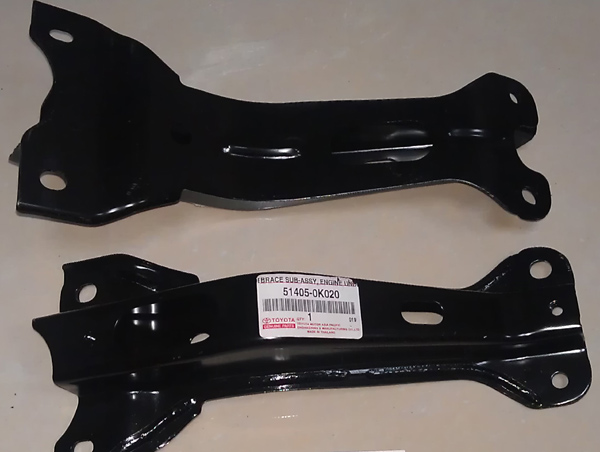 51405-0K020,Toyota Hilux Fortuner Front Suspension Cross  Brace